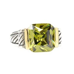 Olivine Crystal Two Tone Ring, sz 6 or 8 in stock